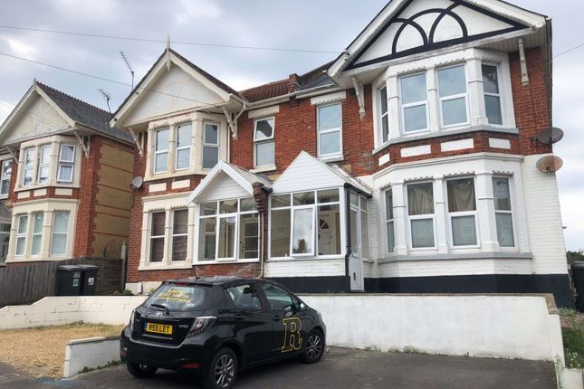 Thumbnail Flat to rent in Alexandra Road, Southbourne, Bournemouth