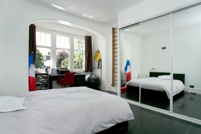 Bedroom 2 of Kirkstall Road, London SW2
