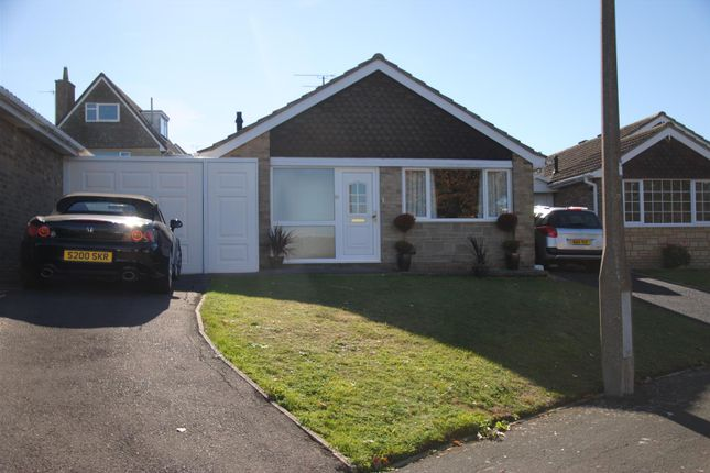 Thumbnail Detached bungalow to rent in Islay Crescent, Highworth, Swindon