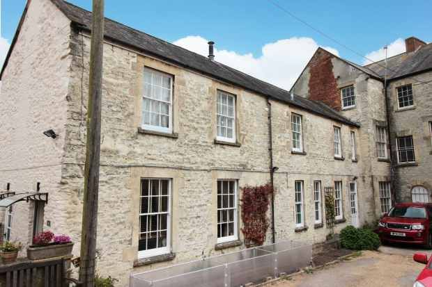 Thumbnail Flat for sale in Welcome House North Street, Warminster, Wiltshire