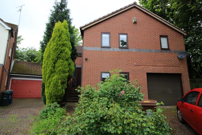Thumbnail Detached house to rent in Mill Rise, South Gosforth, Newcastle Upon Tyne