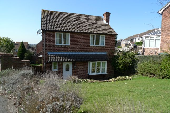 Thumbnail Detached house to rent in Fieldridge, Newbury