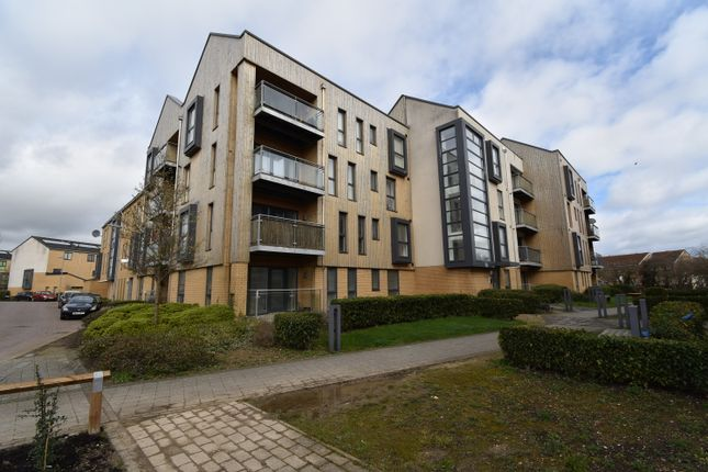 2 bed flat for sale in Hampton Place, Richmond Drive, Bedfordshire LU5
