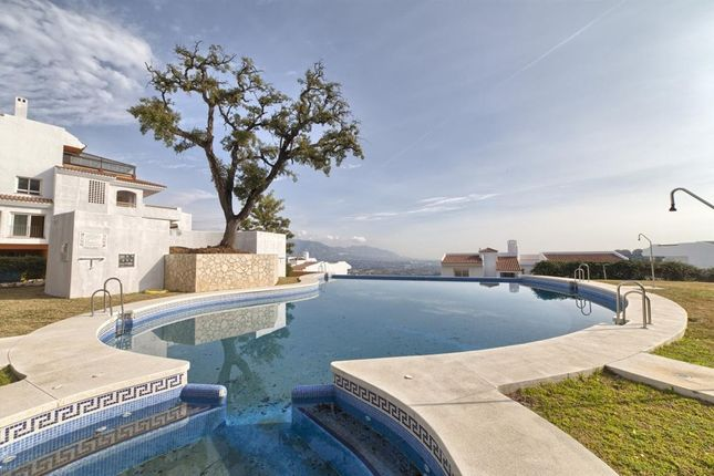 Thumbnail Apartment for sale in La Mairena, Malaga, Spain