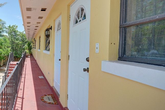 2 bed apartment for sale in Prince Charles Drive, Nassau/New Providence, The Bahamas