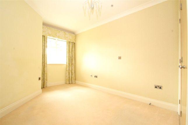 Picture No. 05 of Wren Court, 303 Limpsfield Road, Warlingham, Surrey CR6