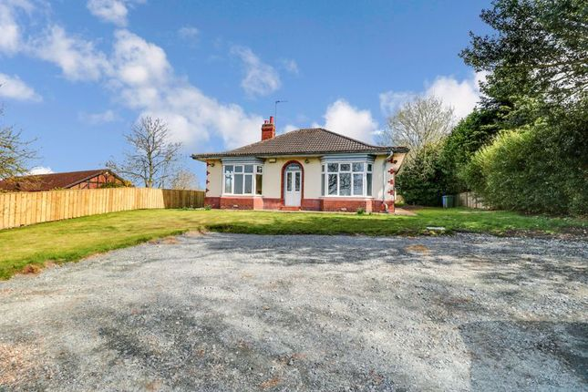 Thumbnail Detached bungalow for sale in Hollym Road, Patrington, Hull