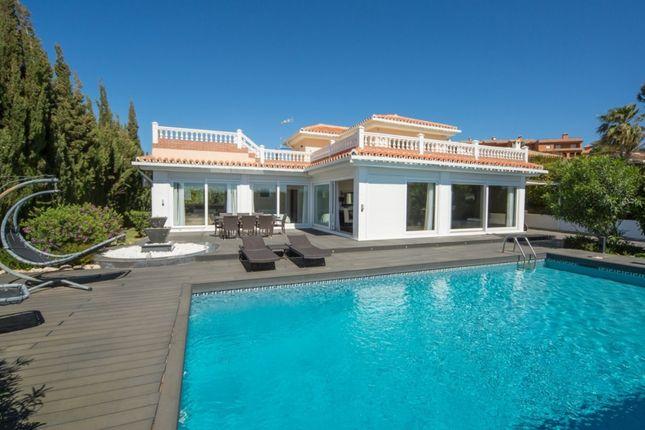 4 bed villa for sale in 29692 La Duquesa, Málaga, Spain