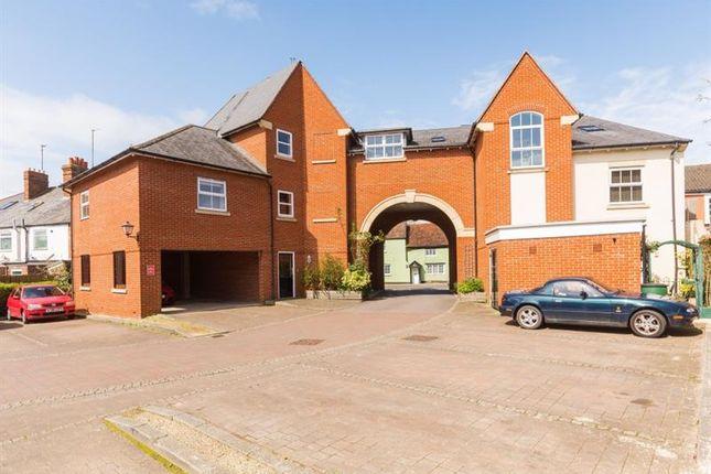 Thumbnail Flat for sale in Vintner Road, Abingdon