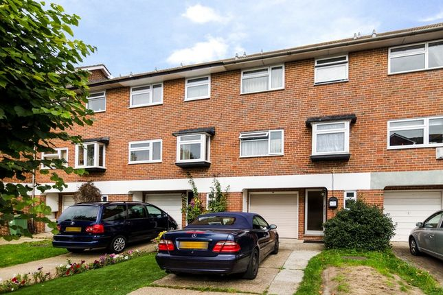 Thumbnail Town house for sale in Manor Road, Sidcup