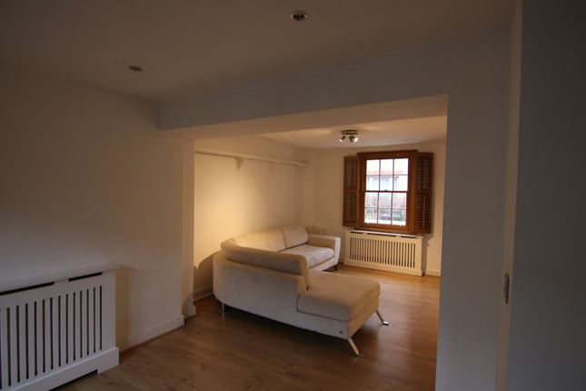 Thumbnail Duplex to rent in Commercial Road, London