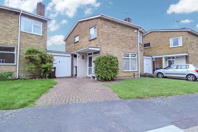 Thumbnail Link-detached house for sale in Little Brays, Harlow