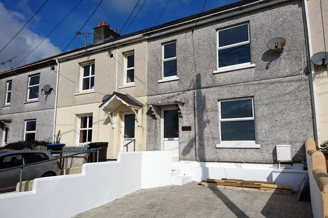 Thumbnail Terraced house to rent in St. Georges Park, Lostwithiel