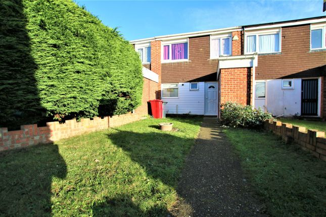Thumbnail Terraced house to rent in Mendip Close, Langley, Slough