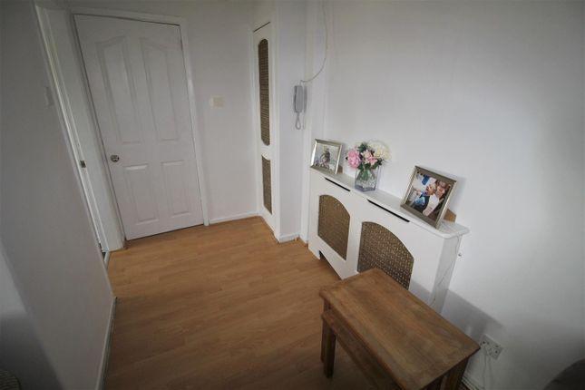 Lounge3 of Moor Court, Fazakerley, Liverpool L10