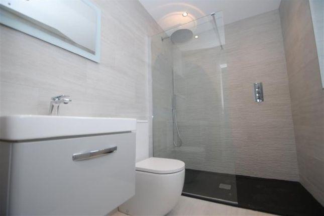 Ensuite Bathroom of Mottram Old Road, Stalybridge, Cheshire SK15