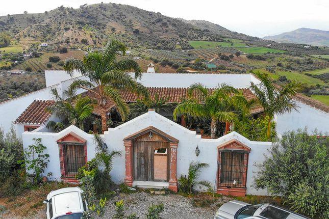 Country house for sale in 29100 Coín, Málaga, Spain