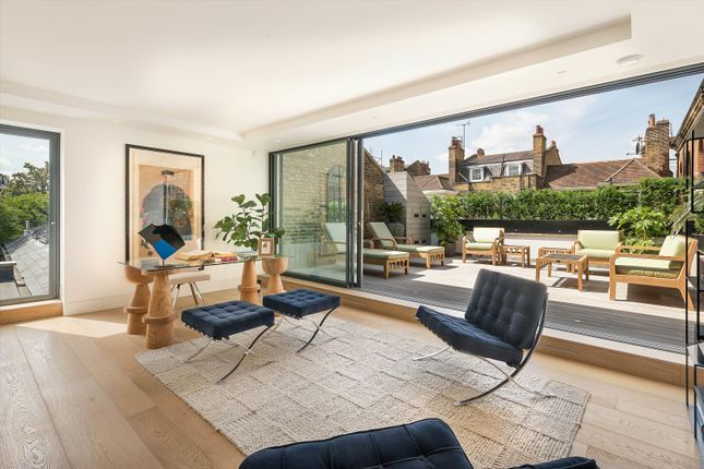 Thumbnail Semi-detached house to rent in Upper Cheyne Row, Chelsea, London