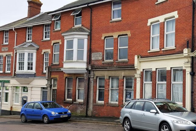 2 bed flat to rent in Tennyson Buildings, Tennyson Road, Freshwater