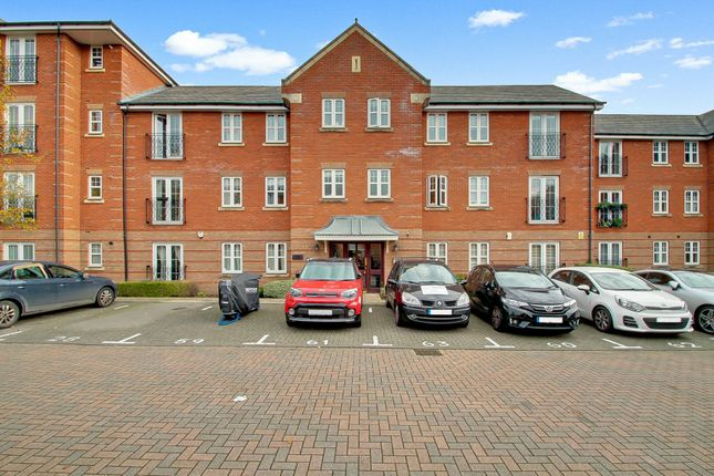 Flat for sale in Shillingford Close, Mill Hill