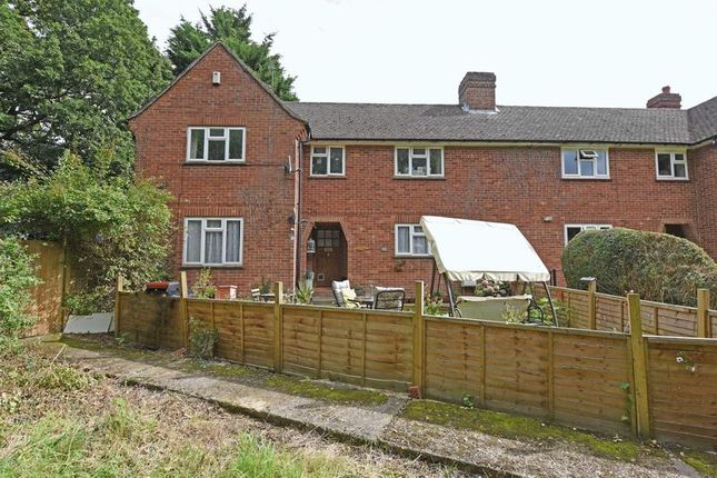 Thumbnail Flat for sale in Mulfords Hill, Tadley