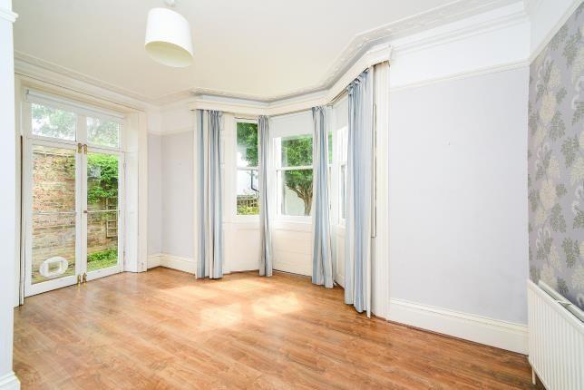Bedroom 1 of York Villas, Brighton, East Sussex BN1