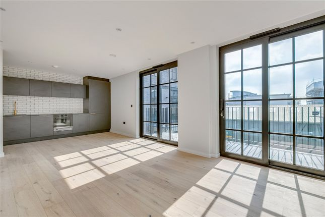 Thumbnail Flat for sale in Trenmar Gardens, London