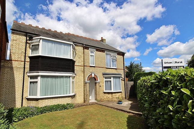 Thumbnail Detached house for sale in Drove Road, Biggleswade