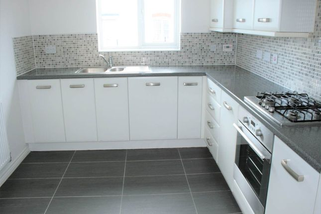 Thumbnail Property to rent in Prince Rupert Drive, Aylesbury