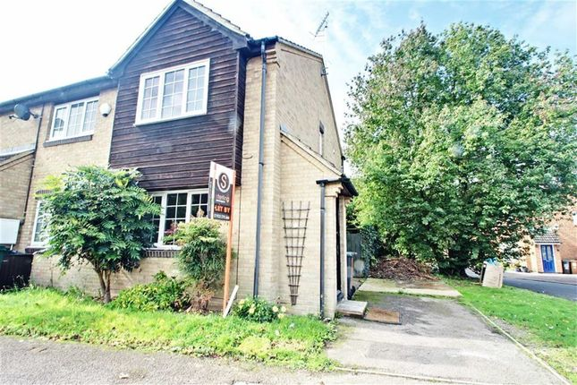 Thumbnail End terrace house to rent in Roman Gardens, Kings Langley