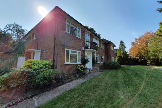Thumbnail Flat to rent in Heath Mead, London