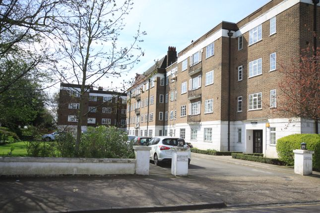 Thumbnail Flat for sale in Dartmouth Court, Dartmouth Grove, Greenwich