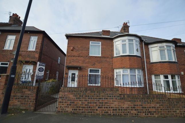 2 bed flat for sale in Two Ball Lonnen, Fenham, Newcastle Upon Tyne