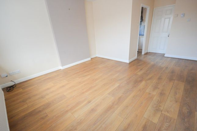 Thumbnail Flat to rent in Ardsley Close, Owlthorpe, Sheffield