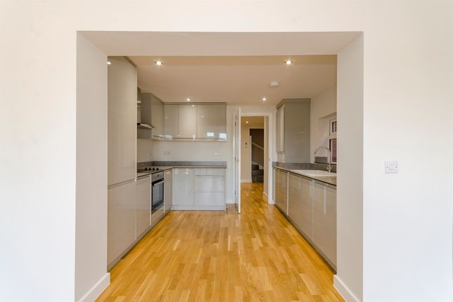Thumbnail Semi-detached house for sale in Lower Northam Road, Hedge End, Southampton