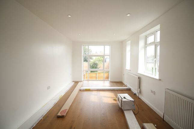 Thumbnail Flat for sale in Barnfield Gardens, Plumstead Common Road, London