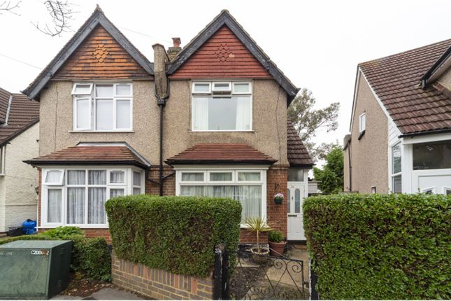 The Property of Woodside Court Road, Croydon CR0