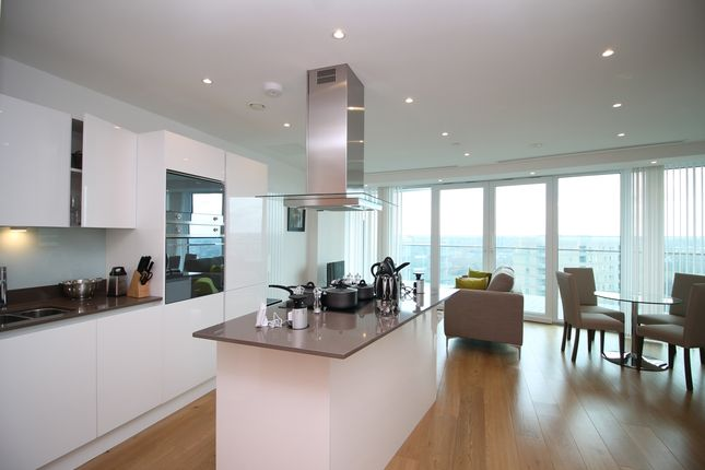 2 bed flat to rent in Arena Tower, Crossharbour Plaza, Canary Wharf