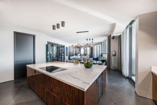 Open Plan Living Area With Kitchen Island - Apt 1601 - Porsche Design Tower Miami