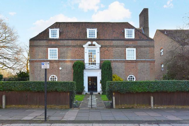 Thumbnail Detached house for sale in Hillcrest Road, Ealing, London