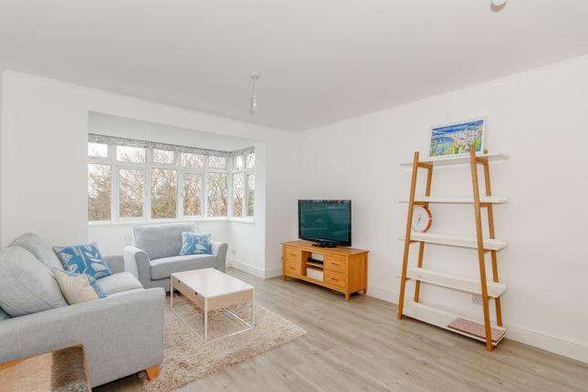 Thumbnail Flat to rent in Brae Court, Kingston Hill, Kingston Upon Thames