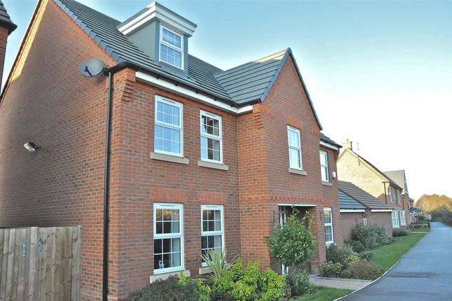 Thumbnail Detached house for sale in Shepherds Walk, Honeybourne, Evesham