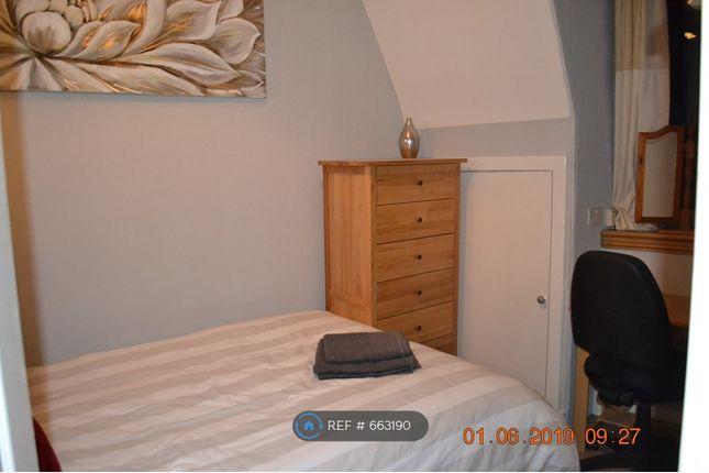 Double Bedroom - View 2