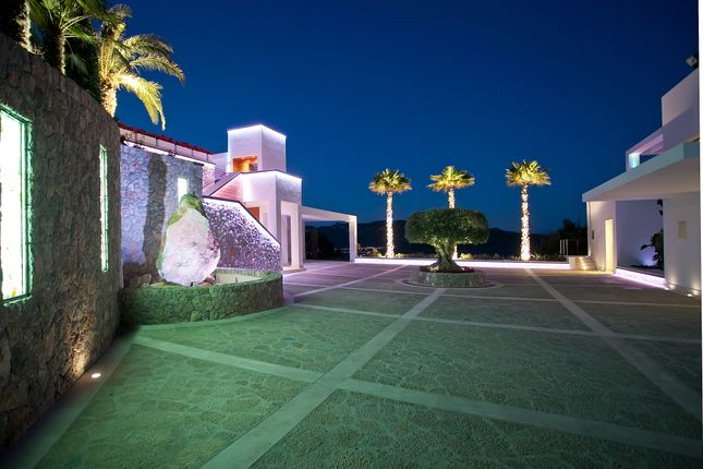 Thumbnail Villa for sale in Port D'andratx, Port D'andratx, Palma De Mallorca, Majorca, Balearic Islands, Spain