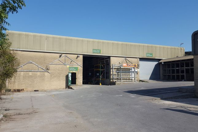 Thumbnail Warehouse to let in Artillery Road, Yeovil