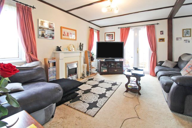 Lounge of Willow Park, Mancot CH5