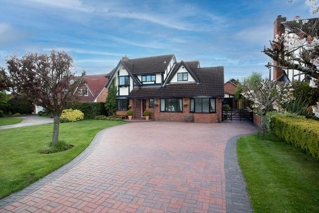 4 bed detached house for sale in Uttoxeter Road, Stone, Staffordshire ST15