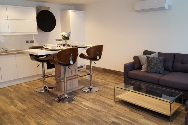 Thumbnail Flat to rent in New Briggate, Leeds