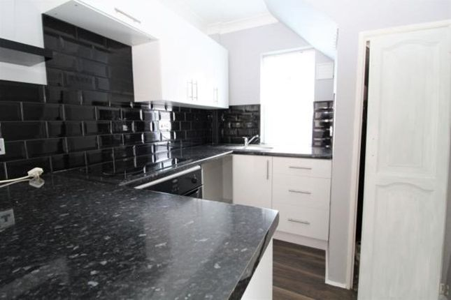 Thumbnail Maisonette to rent in Abbey Crescent, Belvedere