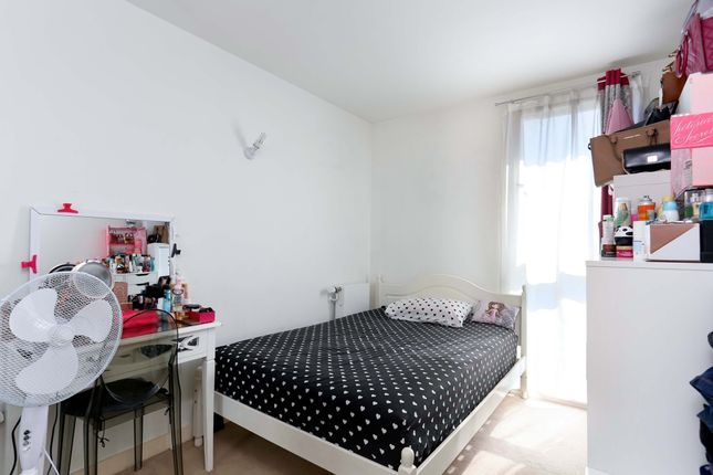 Bedroom of Station Approach, Hayes UB3